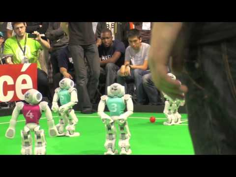 2013 RoboCup SPL Final B-Human Vs HTWK