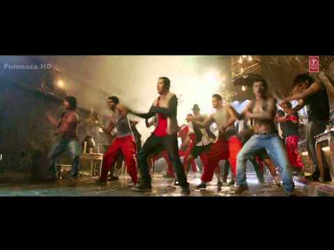 Besharmi Ki Height 720p   Main Tera Hero Funmaza Com video
