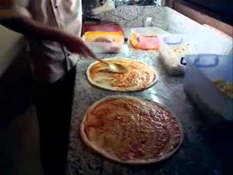 Как правильно приготовить пиццу - видео