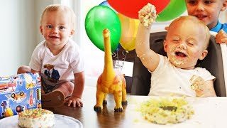 BABY TOMMY'S FIRST BIRTHDAY PARTY!