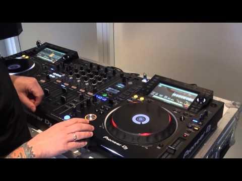 Pioneer CDJ-2000NXS2 Unboxing @ DJ Huset 2016
