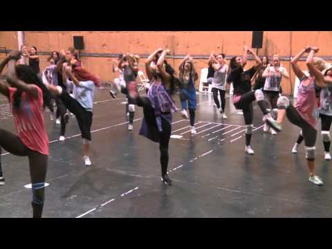 Behind-the-scenes: Pyramid box choreography London 2012