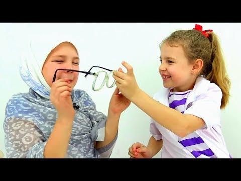 Смешные видео для детей: бабушка у врача.
