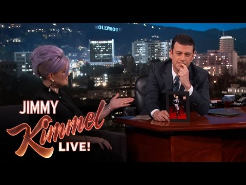 Kelly Osbourne Critiques Grammy Outfits