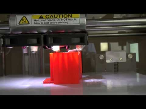 How to Use a Use a 3-D Printer: Printing the Piece - Kevin Caron