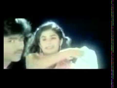 Hot Tamil Cute Actress Hot Kissing Love Song Scene video