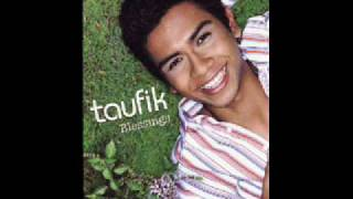 Watch Taufik Batisah All The Love video