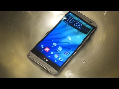 All New HTC One (M8) Water Test - Water Resistant?