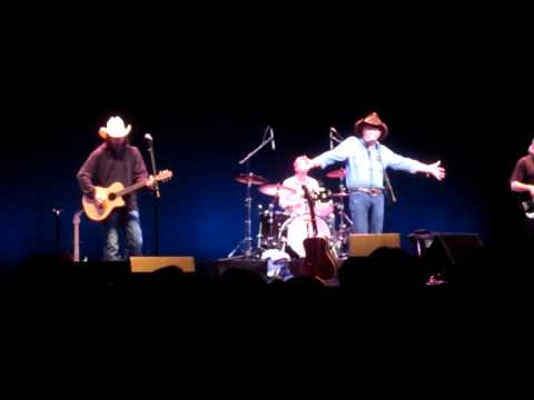 Billy Joe Shaver dedicates