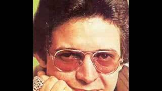 Watch Hector Lavoe Tus Ojos video