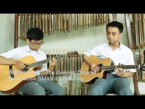 download lagu KelasMusik19 Ibrahim & Aldi - The Evening Dreams gratis