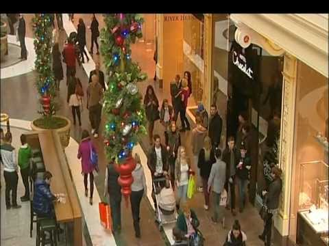 Tom Barton, ITV News, Christmas Eve Shopping