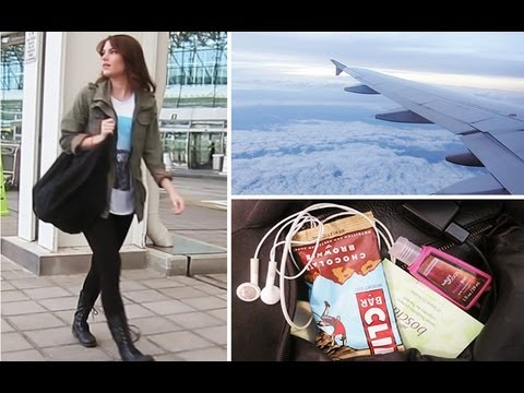 My Travel Essentials: Makeup, Hair & Outfit!