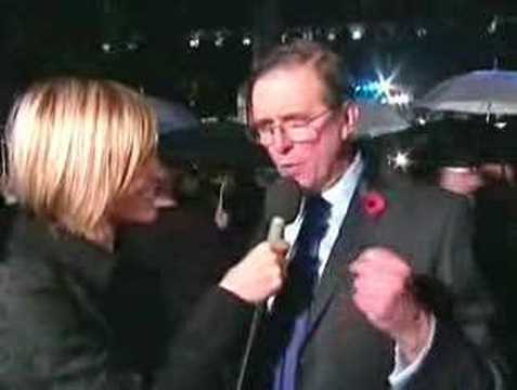 Mike Newell Interviewed At The Goblet Of Fire Premiere