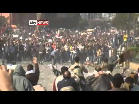 Egypt Protests pro mubarak PAID Thugs Assult Organized by the Government Part 1