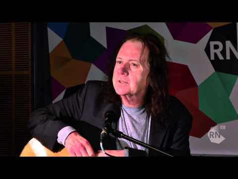 The Saints lead singer Chris Bailey - live in the studio [HD] Inside Sleeve, ABC Radio National