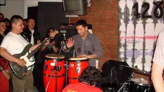 Watch 1280 Almas Borrachera video