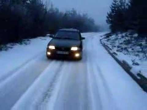 0 WARNING: Buy Snow Chains Before Going On A Snow Trip !