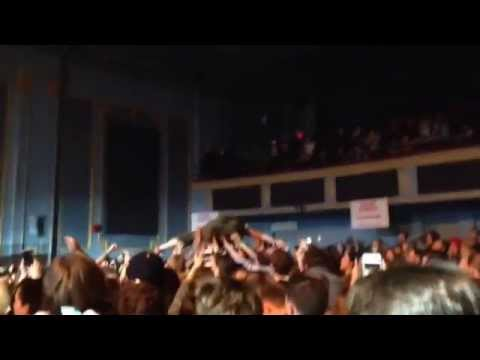 Mac Demarco - Ode to Viceroy - Mac Crowdsurfs to the Upper Balcony @ the Danforth Music Hall