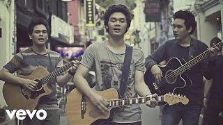 Download Lagu TheOvertunes - Dunia Bersamamu (Video Clip) Gratis STAFABAND