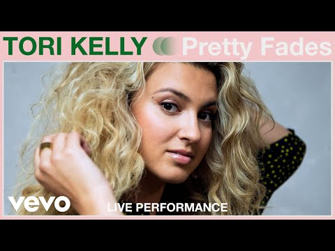 "Tori Kelly - ""Pretty Fades"" Live Performance 