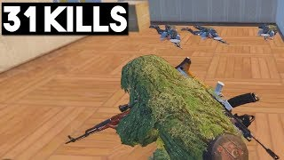 THIS WEAPON COMBO IS FREE WINS | 31 KILLS SOLO vs SQUADS | PUBG Mobile 🐼