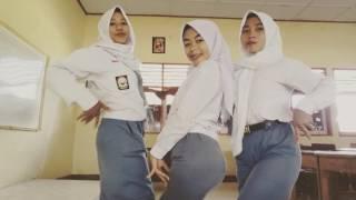Download video Goyang turun naik anak sekolah 2017 anak dompu