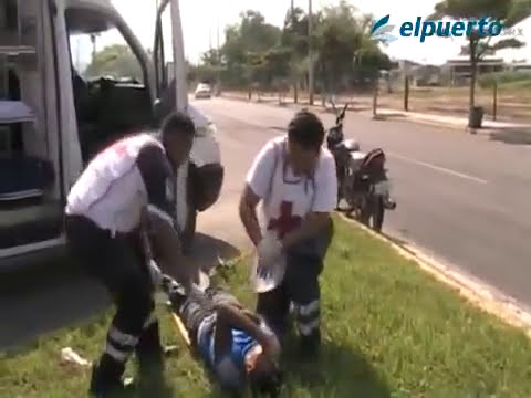 Aparatoso accidente de motociclista