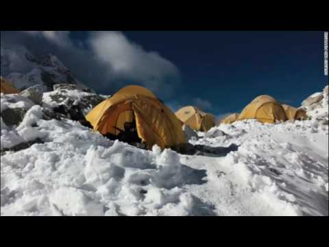Risks in Climbing Everest in Focus as 3 Die, 2 Go Missing