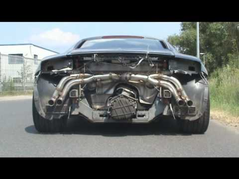 This Audi R8 4.2l V8 has no exhaust and is really loud. We were working on this car and wanted to install a new sports exhaust by Supersport.de when we decid...