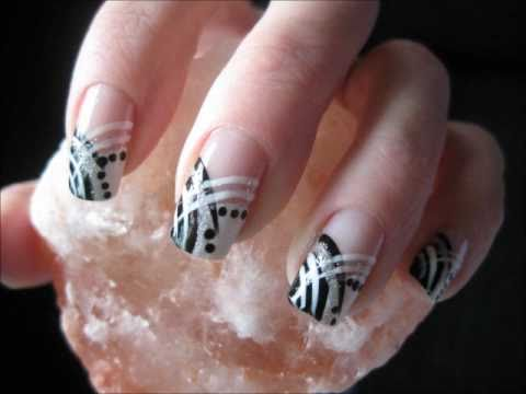 Nailart: Beautiful abstract blue/white and black/white(inspired by Carletta09)
