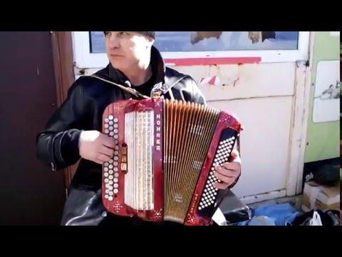 Tomek  Na Harmonii Gra