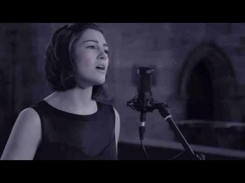 Leonard Cohen / Jeff Buckley  - Hallelujah (Hannah Trigwell live cover) on iTunes & Spotify Music Videos