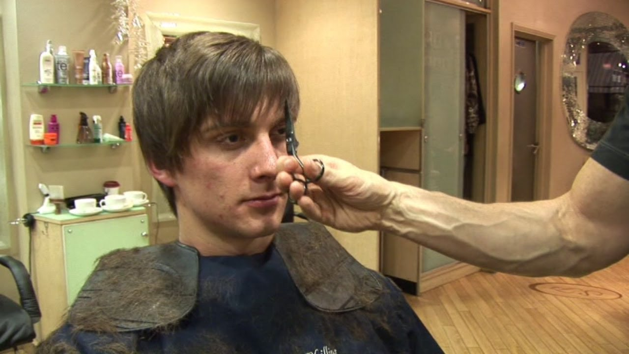 Men S Hairstyle For Medium Hair How To Cut Hair In Layers