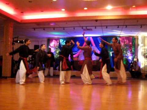Mehndi Dance - Hulla Gulla Boys Dance Medley  Henas Wedding