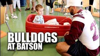 Mississippi State Bulldogs Visit Batson Children's Hospital