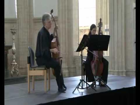 Lully airs d'opéras transcrits au 17ème siècle pour 2 basses de violes