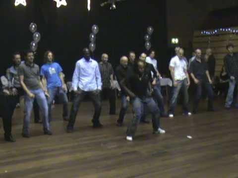 how to dance to reggaeton for guys