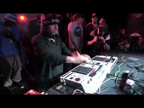 Thumbnail of video Pa'flipar un pokito: araabMUZIK dubstep live @ 1500M2 | Warsaw [HD]