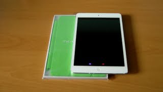 Unboxing & First Look_ iPad mini Smart Cover (Green)