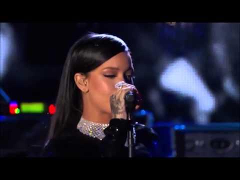 Rihanna - Diamonds Live at The Concert For Valor 2...