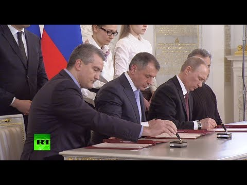 Signed! Crimea, Sevastopol ink historic treaty to join Russia