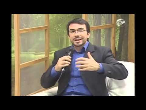 Padre Fabio de Melo fala sobre exageros na devoção aos santos