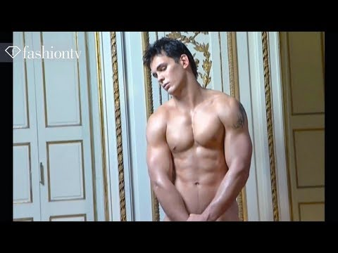 Dieux Du Stade 2008 Calendar - Making Of Ft Sexy Male Models | Fashiontv video