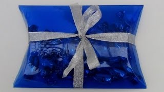 Como hacer cajas de regalo con botellas de plástico - Pillow box made with a plastic bottle