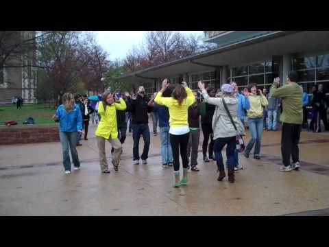 Flash Mob Dance at Washington University Video