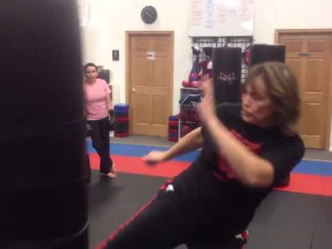 I love kickboxing drills in Edina Mn 3 classes & a FREE pair of boxing gloves for  $19.99 Image 1