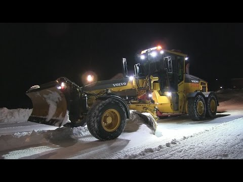Volvo G960B with Mählers SVH-4 in snow clearing