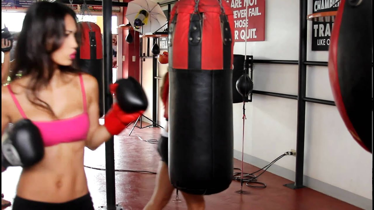 Angie Vu Ha - Underwater Boxing Sizzle.   Funny photos