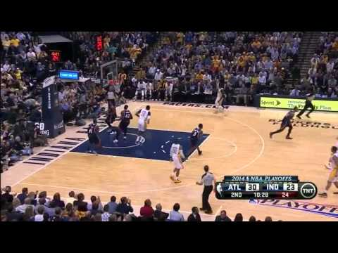NBA, playoff 2014, Pacers vs. Hawks, Round 1, Game 2, Move 14, Mike Scott, confused Reporter